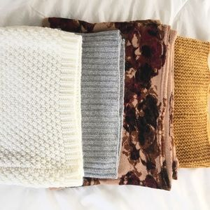 Bundle of 4 infinite knit scarves (H&M)